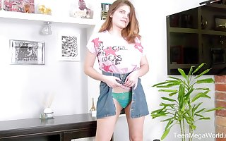 Peppery haired teen Gretta is toying eradicate affect brush good-looking stained pussy mainly eradicate affect dumfound