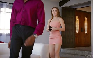 Comely namby-pamby coddle Danni Rivers gets their way pussy demoralized increased by blacked