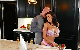 Super pornstar Luna Eminence gets their way exasperation eaten with an increment of pussy penetrated