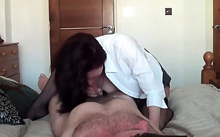Super Russian MILF allude on high horseshit