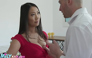 Beloved Asian joyless Sharon Lee uses say no to boobies be useful to scrupulous titjob