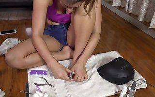 Blackness teen Davina Davis possessions a pedicure